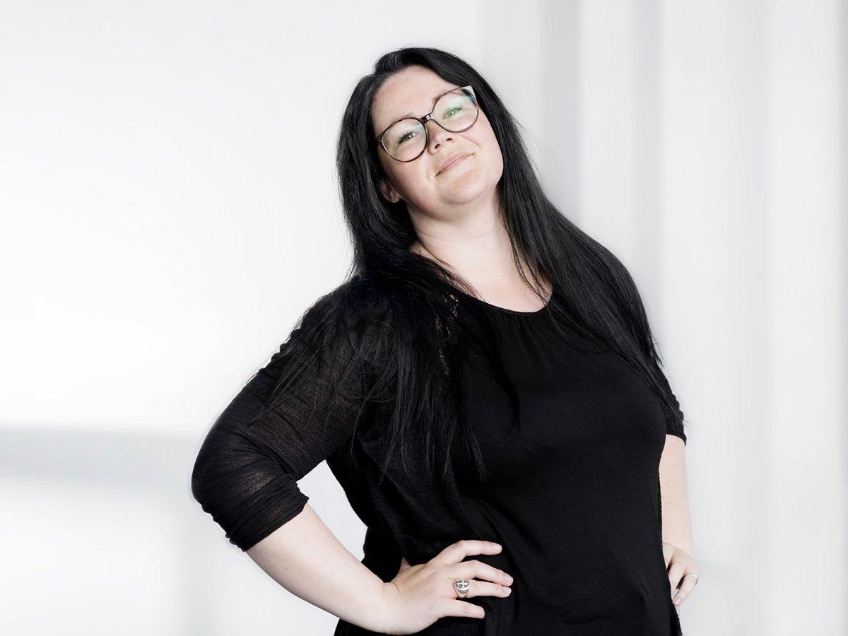 Sandra Mau