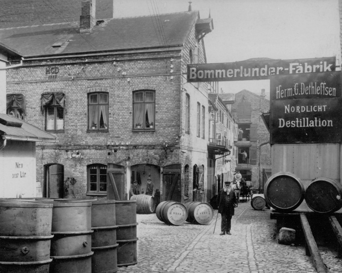 Bommerlunder factory in the early 20th century